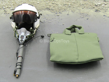Combat Aircrew Pilot - White Flight Helmet w/OD Green Carry Bag