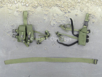Female Soldier - Woodland Camo - Green Belt & Drop Leg Pouch Set