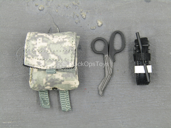 US Army Rifleman UCP - ACU IFAK Pouch w/Medical Gear