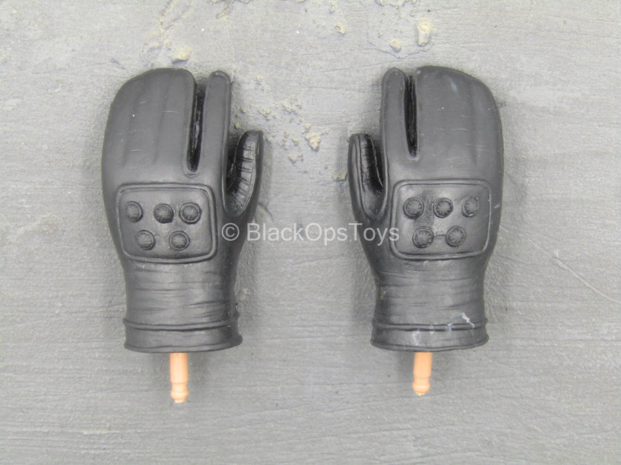 ZMDC - Clear KUSA Trooper - Black Gloved Hand Set