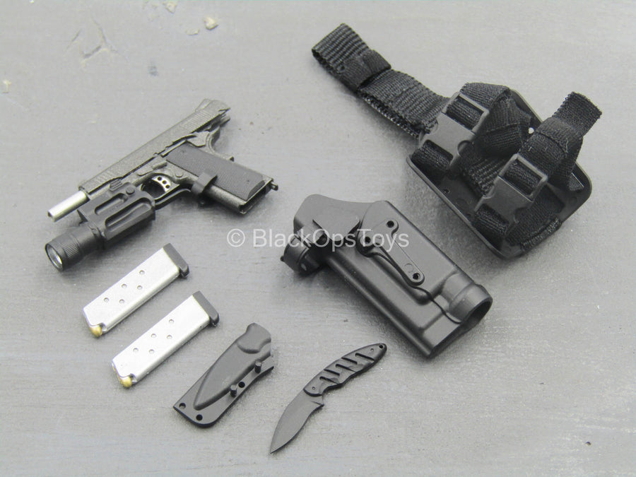 FBI - CIRG - 1911 Pistol w/Drop Leg Holster & Knife Set
