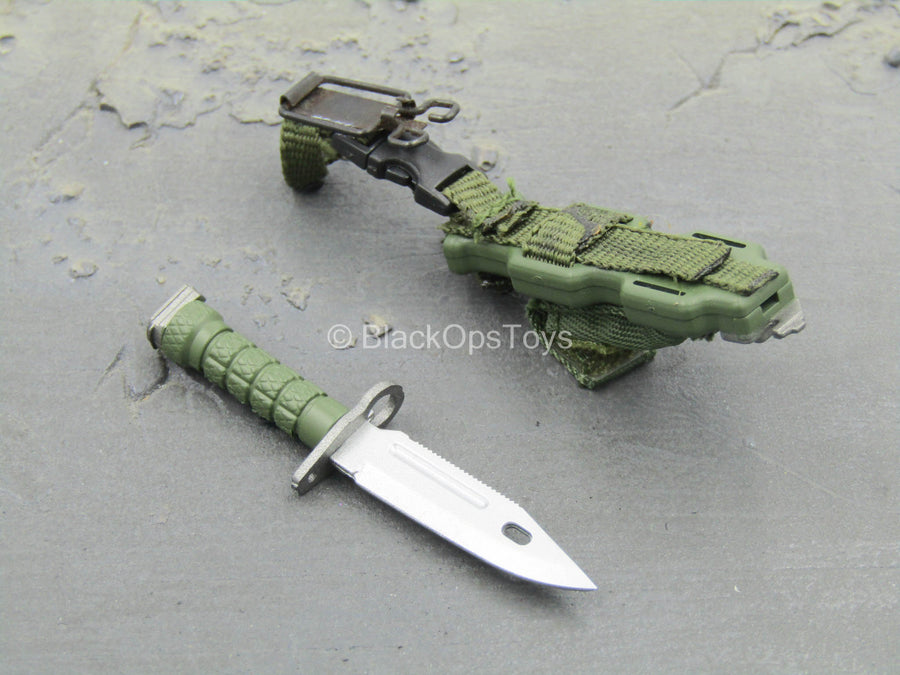 WEAPON - OD Green Knife w/Sheath