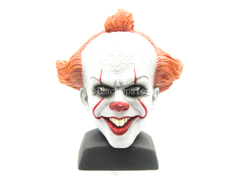 Pennywise - Male Clown Smiling Head Sculpt w/Stand