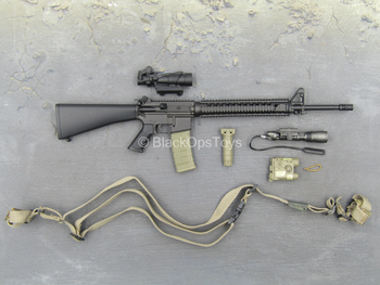 USMC 1st Battalion - M16 Assault Rifle w/Attachment Set