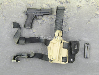 Sully Custom - SIG P226 w/Tan Drop Leg Holster & Multi-tool