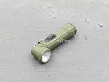 WWII - U.S. Army Infantry - Green Angled Flash Light