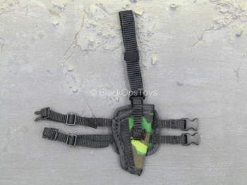 PLA Airborne Trooper - Woodland Drop Leg Holster
