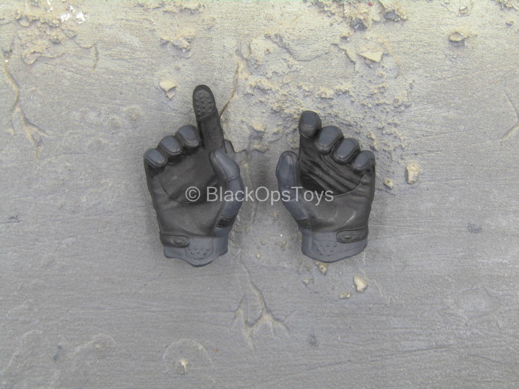 SMU Part XI Quick Response Force - Male Gloved Hand Set