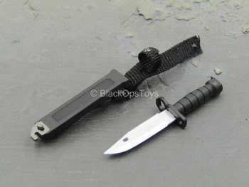 PLA Airborne Trooper - Black Knife w/Sheath