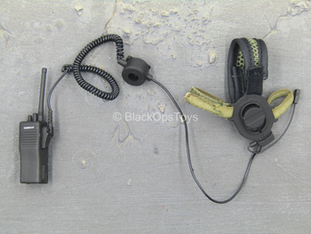 PLA Airborne Trooper - Black Radio w/Headset