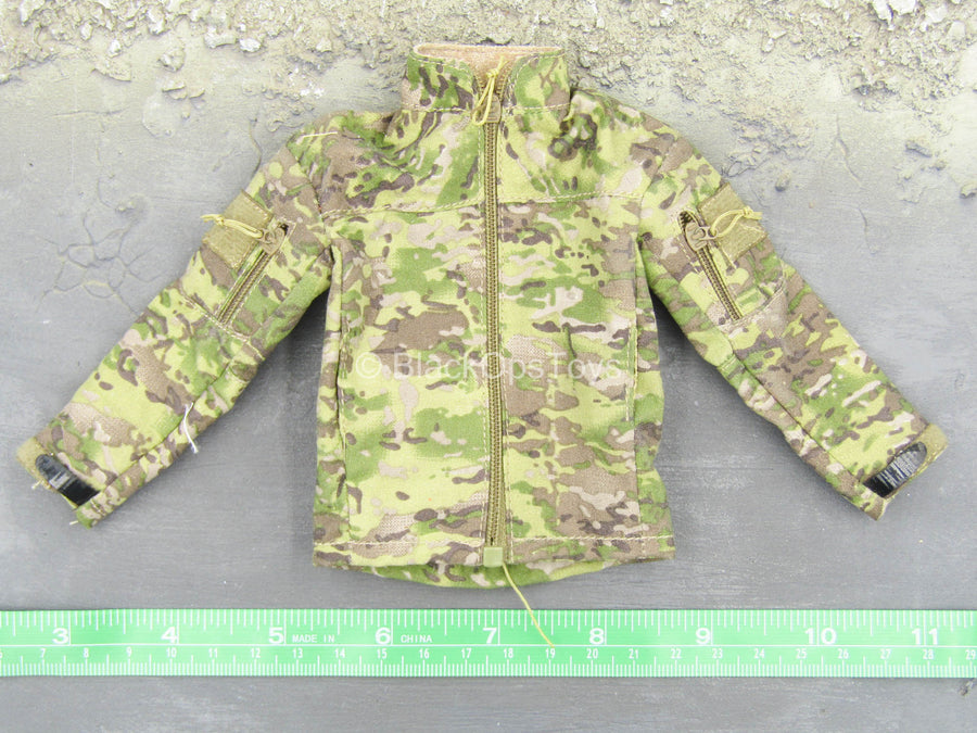 Multicam Uniform Set w/Helmet & Radio Set