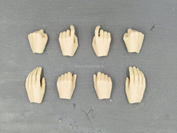 Laura Croft - Female Hand Set (x8)