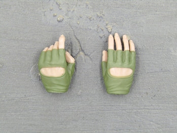 A-TACS FG - OD Green Female Gloved Hand Set Type 2