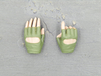 A-TACS FG - OD Green Female Gloved Hand Set Type 1