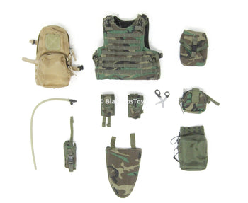 US Navy Corpsman Joint Operation Woodland Assault Vest Set