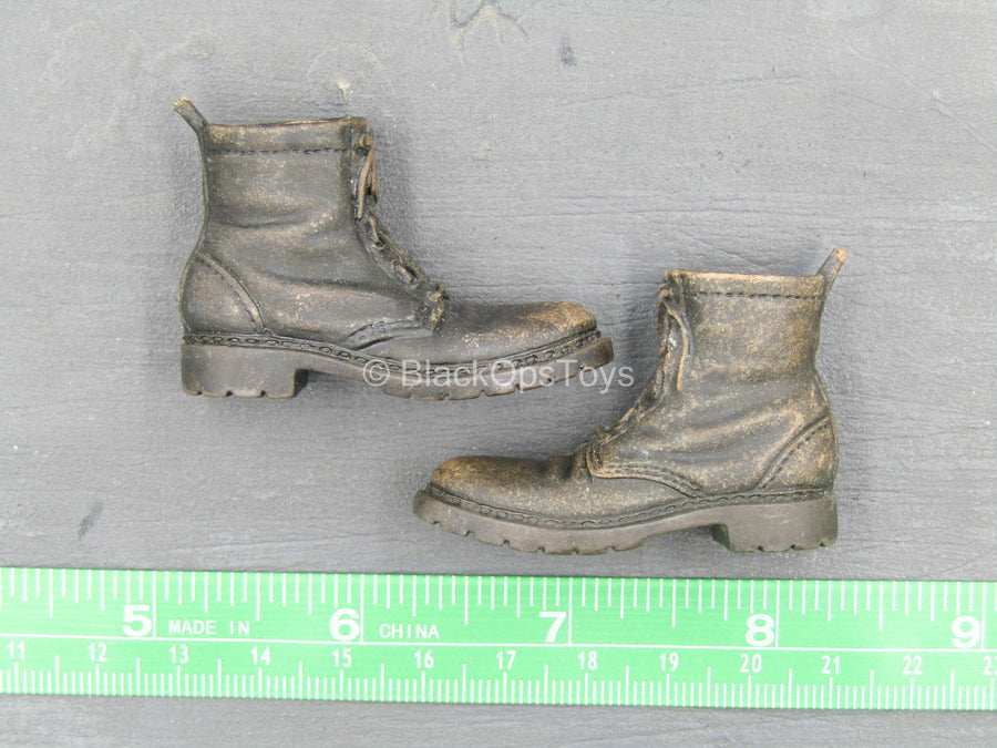 Weathered Brown Combat Boots (Peg Type)