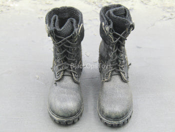 Black Combat Boots (Peg Type)