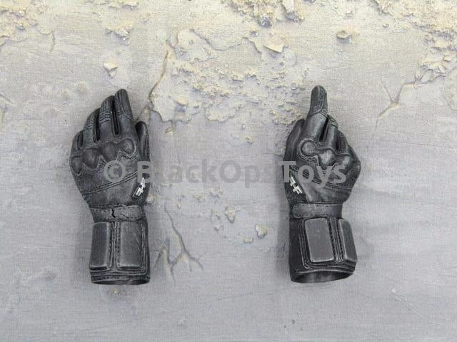 Soldiers of Fortune 4 Galgo from The Expendables 3 Black Gloved Hands Peg Type x2