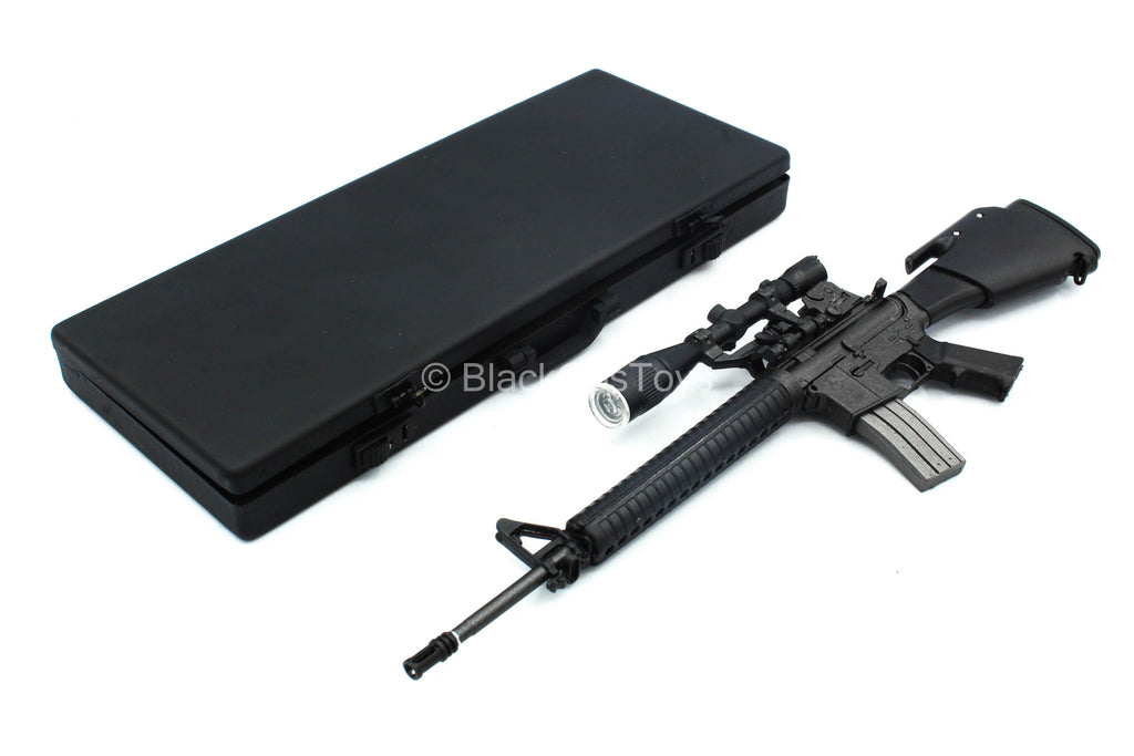 Golgo 13 - M16 Assault Rifle w/Metal Carry Case