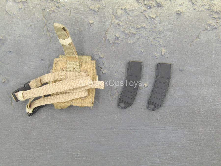 Sniper Muriel - Coyote Tan Drop Leg AR Mag Pouch w/Magazines