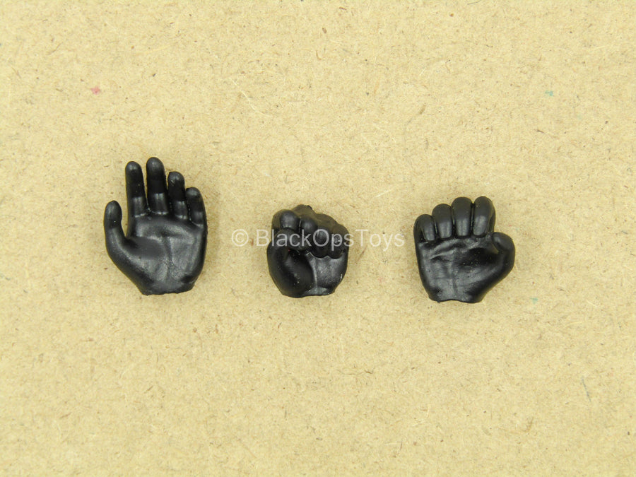 1/12 - League Of Shadows - Black Armored Gloved Hands (Type 1)