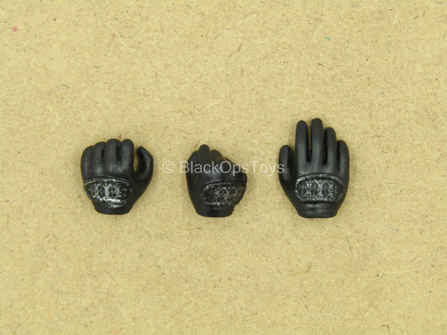 1/12 - League Of Shadows - Black Armored Gloved Hands (Type 2)