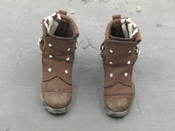 DOOMSDAY SURVIVOR - Brown Fabric Boots (Foot Type)