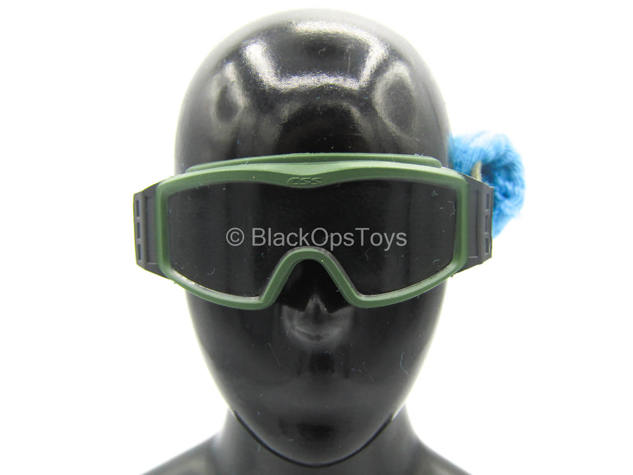 Female PLA Peacekeeper - Green Goggles w/Blue Dust Cover