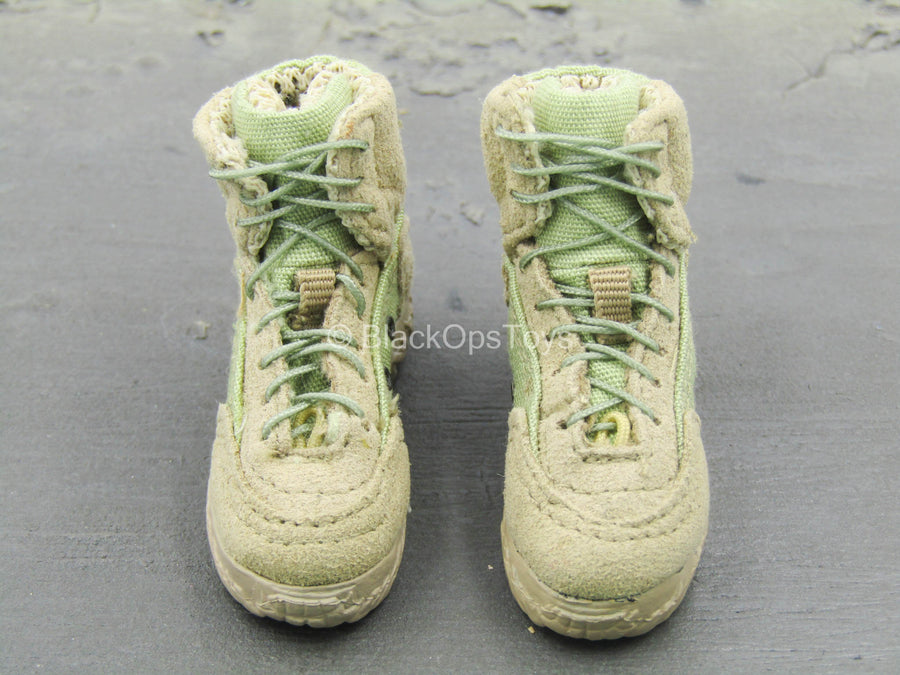 U.S. Navy Seal Team 3 - Tan Combat Boots (Foot Type)