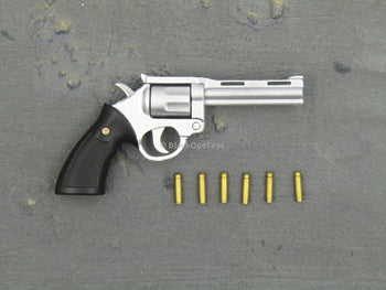 Psychopathic James - Revolver w/Removable Chamber & x6 Bullets