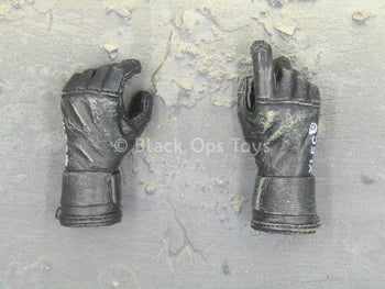 U.S. Navy Seal HALO Jumper - Black Diver Gloved Hands (x2)