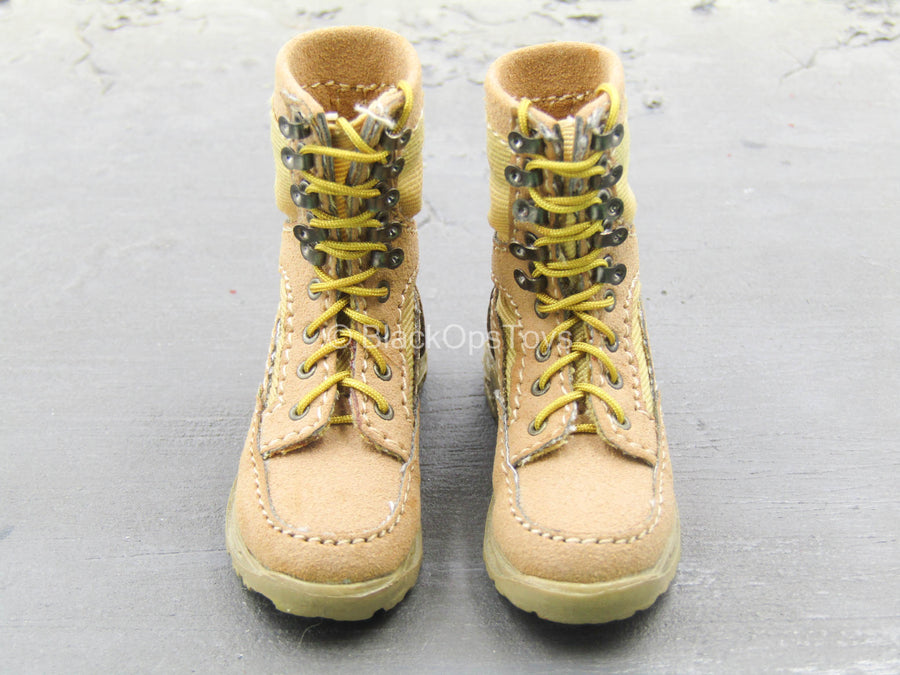 Tan Combat Boots w/Feet (Foot Type)