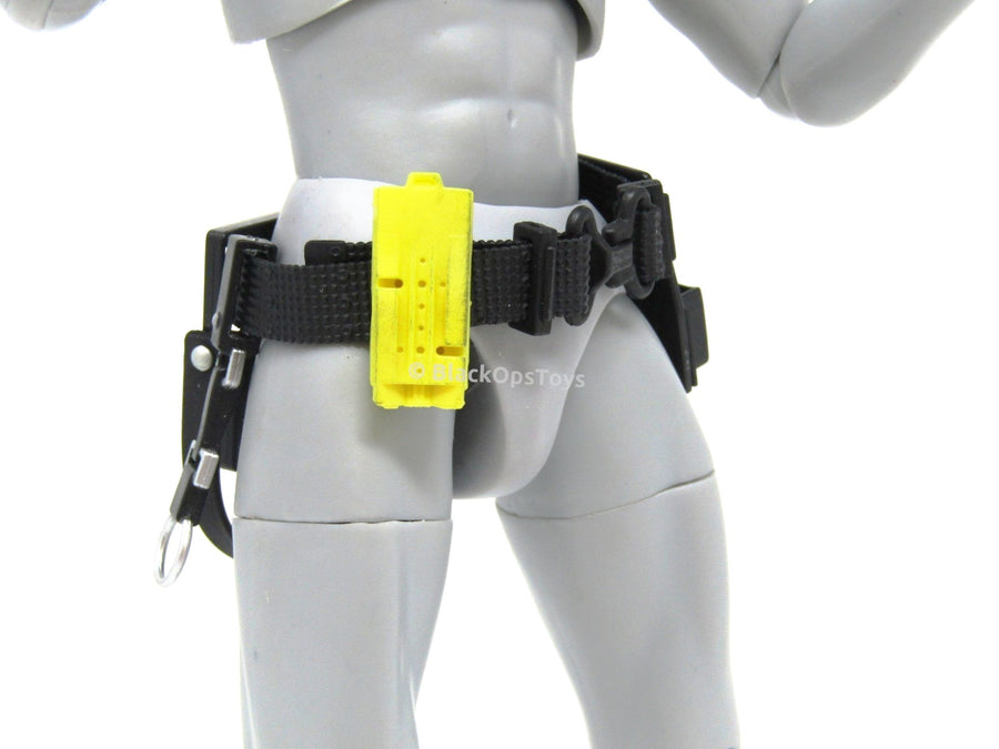GHOSTBUSTERS Utility Belt with Yellow Radio
