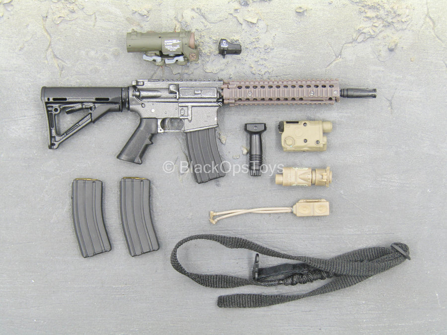 U.S. Navy Seal - M4 Rifle w/Attachment Set