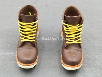 Fashion Boots - Brown Round Toe Boots (Foot Type )