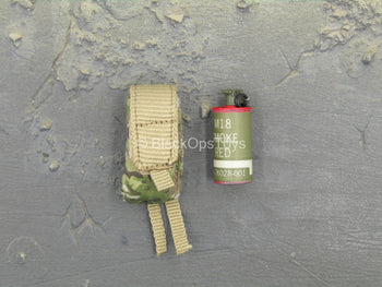 US Army - Afghanistan - Jude Law - Smoke Grenade w/Pouch