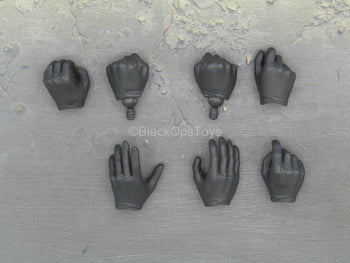 Batman Begins - Batman - Black Gloved Hand Set