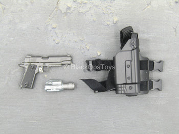 SMU - China Exclusive Operator - 1911 Pistol w/Drop Leg Pouch