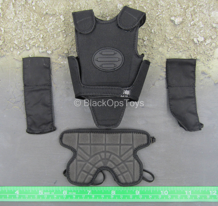Anti-Riot Police - Black Light Armor Set
