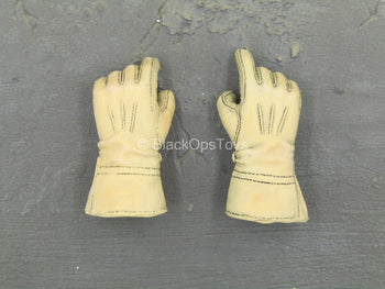 BODY - Tan Gloved Hand Set