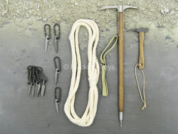 German Gebirgsjäger - Ice Pick Set w/Rope & Pitons