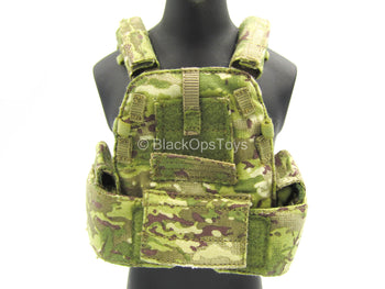 U.S. Army ISAF Soldier - Multicam MOLLE Vest