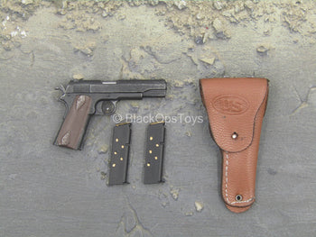 WWII - US Captain Miller - 1911 Pistol w/Leather-Like Holster