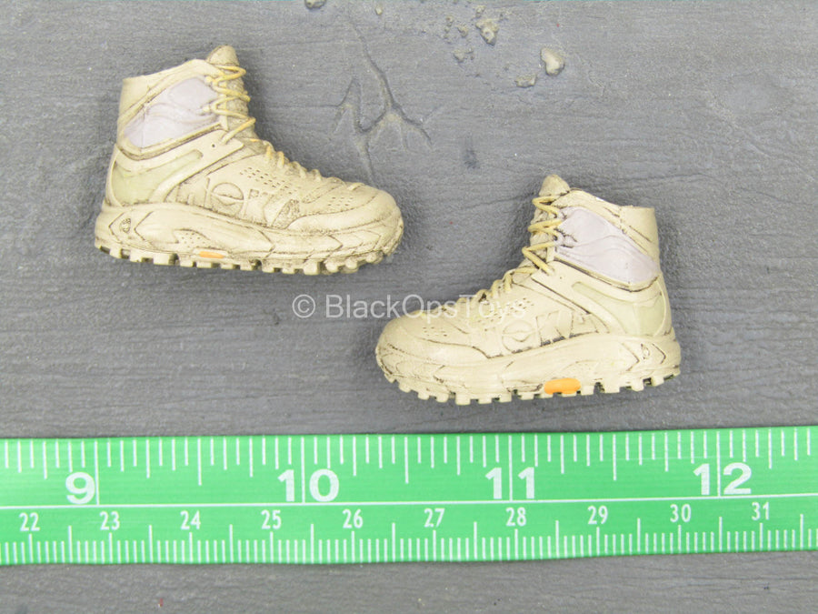 Other Scale - Zootopla - Donut - Tan Boots (Peg Type)
