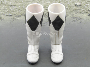 Golden Black Hero - White & Black Boots (Peg Type)