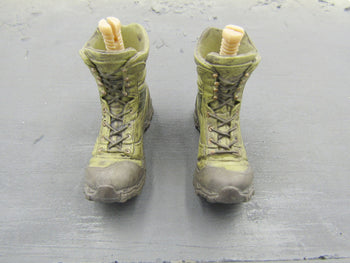 GI JOE Desert Trooper Dusty Action Molded Combat Boots (Peg Type)