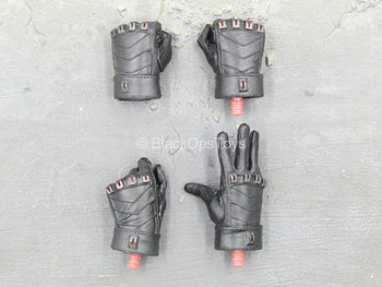 Daredevil - Black Gloved Hand Set Type 1