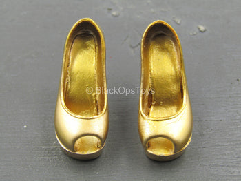Female Dress Set - Gold-Colored High Heels (Foot Type)