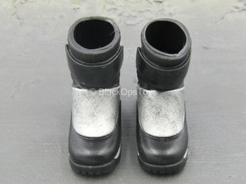 Star Wars - Jango Fett - Black & Silver Boots (Foot Type)
