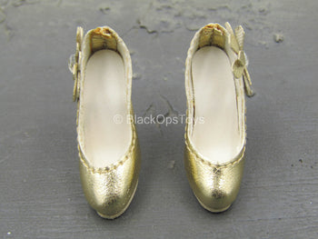 Female Dress Set - Gold-Colored High Heels w/Flower (Foot Type)